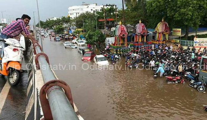 MP Aparajita Sarangi bats for clean Bhubaneswar