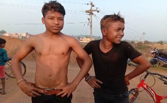 minor-boys-rescue-man-from-