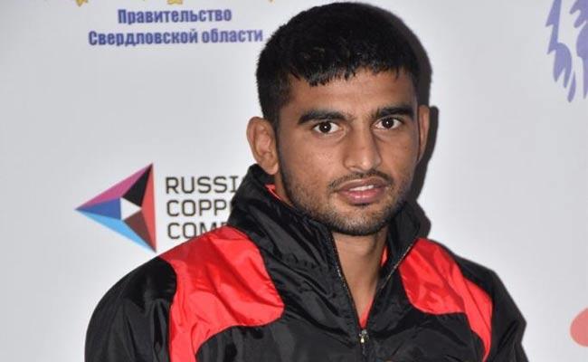 Indian boxer Manish Kaushik