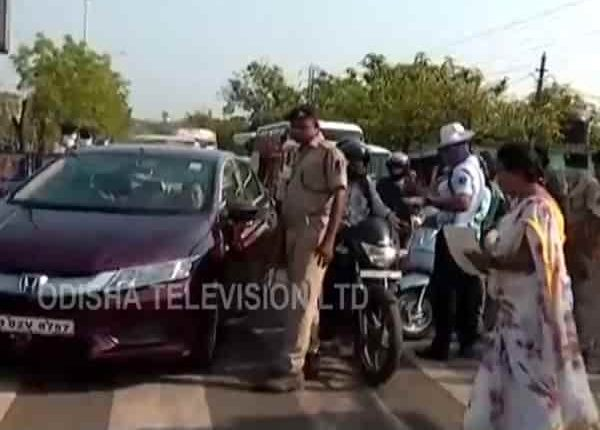 Amid Coronavirus Lockdown, Govt Norms Violated In Odisha Capital