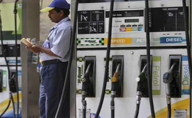 Price Crash Brings No Relief: Oilcos Keep Fuel Prices Unchanged For 40 Days