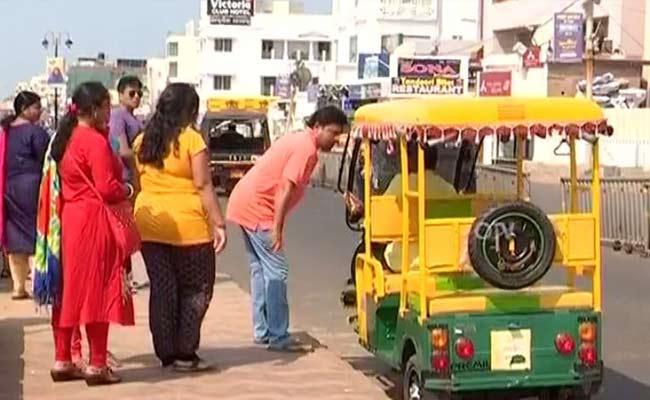 Tourists in Puri