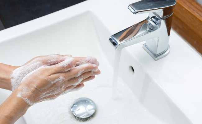 Staying hygienic cuts risk of common infections by 50%: Study