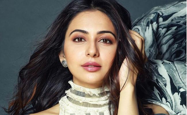 Rakul Preet fears losing on big projects in bollywood due to Covid-19 crisis