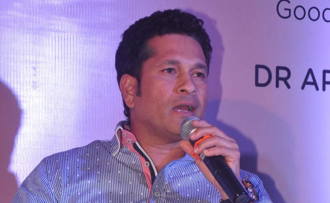 Sachin-Tendulkar provides financial aid