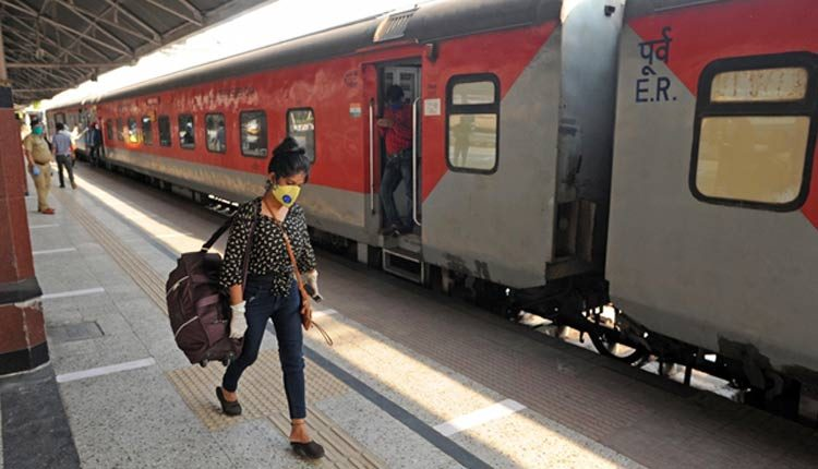 Railways increases advance reservation period for all special trains to 120 days