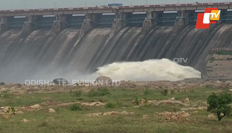 Hirakud dam releases season's first floodwater
