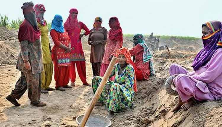Govt releases Rs 29k cr to states to help clear dues under MGNREGA