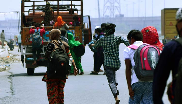 UP Creates Maximum Employment For Migrants Under MGNREGS