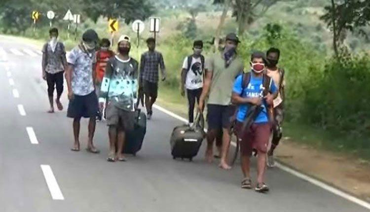 air evacuation of migrants