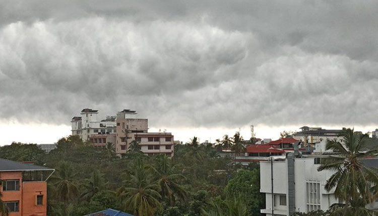 southwest monsoon hits Kerela