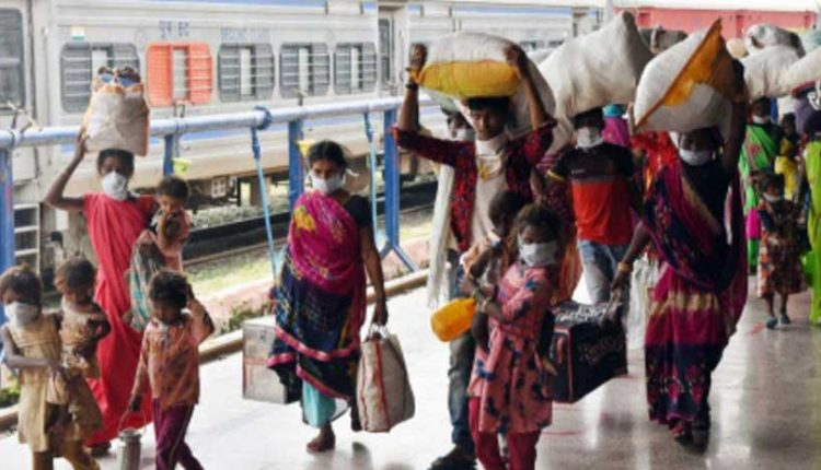 Railways To Generate 8 Lakh Workdays Of Work For Migrants In Rail Projects Under MGNREGS