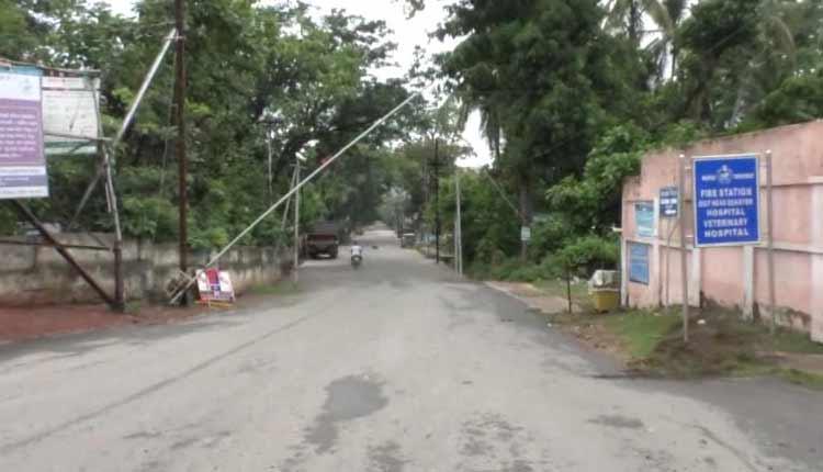 Gajapati bars movement of people to Ganjam and Srikakulam
