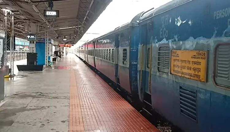 Railways On Track To Go Green By 2030 With Major Initiatives To Mitigate Global Warming