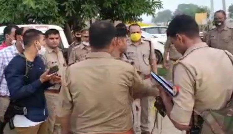 Eight Policemen Killed In Encounter With Criminals In Kanpu