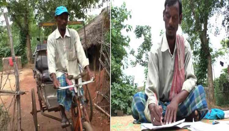 Odisha rickshaw puller and poet Kailash Patra