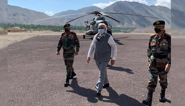 PM Modi Reaches Ladakh Amid India-China Border Tension