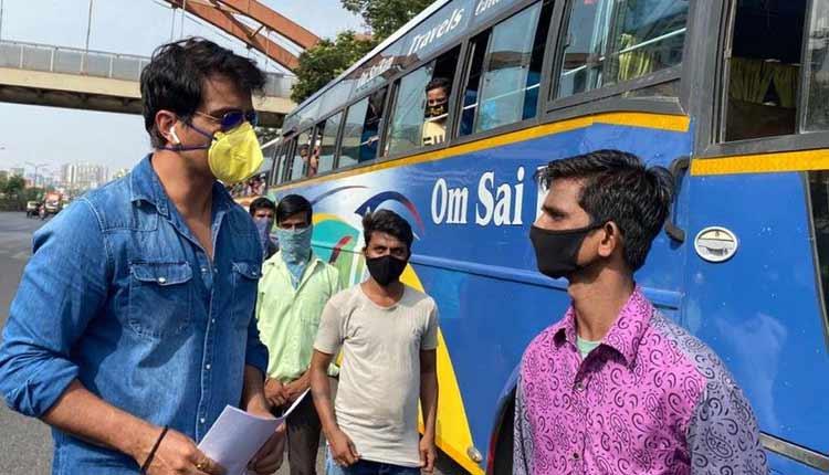Sonu Sood Helping Migrants