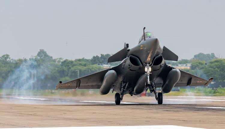 India's Multi-Role Rafale Fighter Jets Acquisition Irks Pakistan