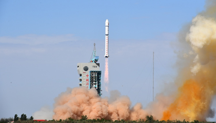 China successfully launches new optical remote-sensing satellite