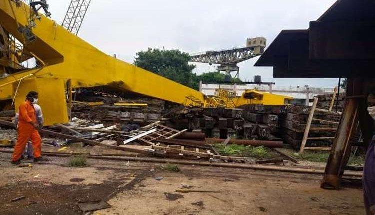 Crane Collapses At Hindustan Shipyard In Vizag, 10 Killed