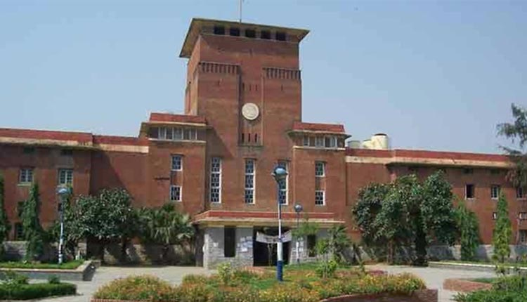 DU Online Open Book Exam Begins, Students Complain About Difficulty In Uploading Answer Sheets