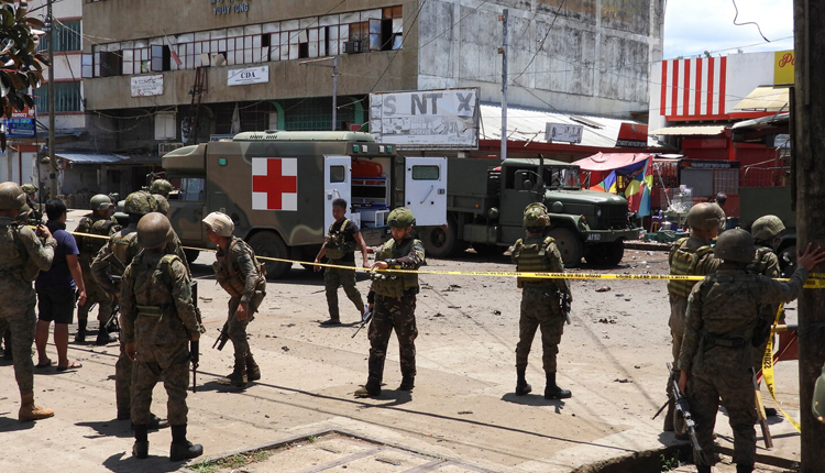 Twin Blasts Hit Southern Philippines: 10 Dead, 40 Injured