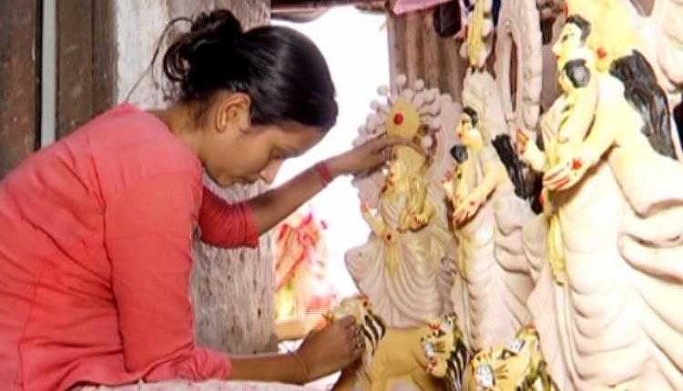 COVID-19 Induced Lockdowns Dashes Odisha Clay Artisans' Hopes