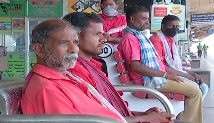 COVID-19 Restrictions Leave Odisha Coolies In Lurch