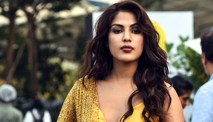 Rhea Chakraborty Faces COVID-19 Threat in Byculla Jail? Details About Troubles of Inmates