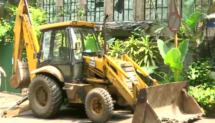BMC demolish Kangan's Office