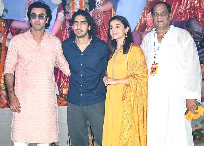 When Alia Bhatt and Ranbir Kapoor made heads turn on Durga Puja