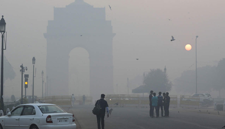 Scientists Say, Air Pollution May Hinder India's Fight Against COVID-19