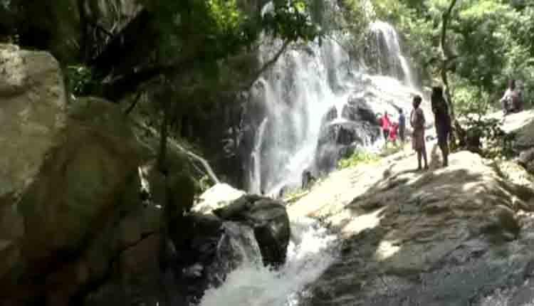 Lunda waterfall