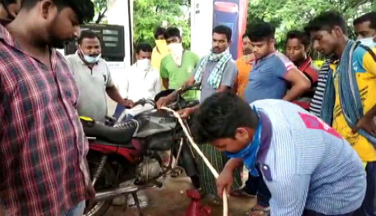Tension In Nayagarh After Fuel Station Dispenses Water Instead Of Petrol