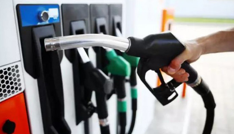 Petrol, Diesel Rise 25p/Ltr On Second Consecutive Day
