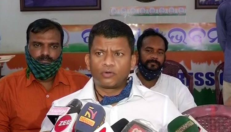 Fake Viral Video Case: Pradeep Majhi Threatens To Gherao Naveen Niwas