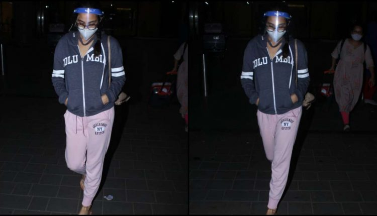 Sara Ali Khan Spotted at Mumbai Airport on Monday Evening