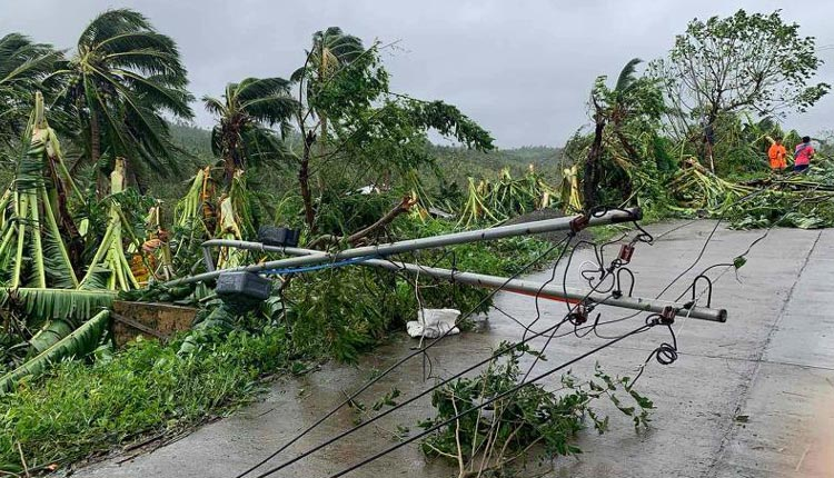 27 Dead, 50 Missing As Typhoon Molave Hits Vietnam
