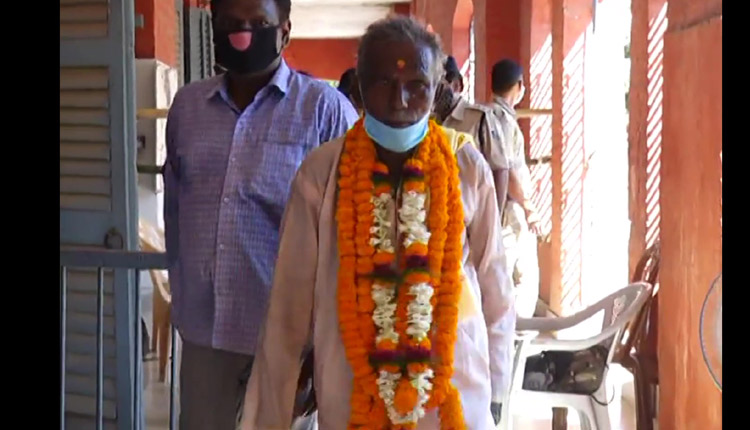 90 years old filed a nomination as an independent candidate for the upcoming by-election