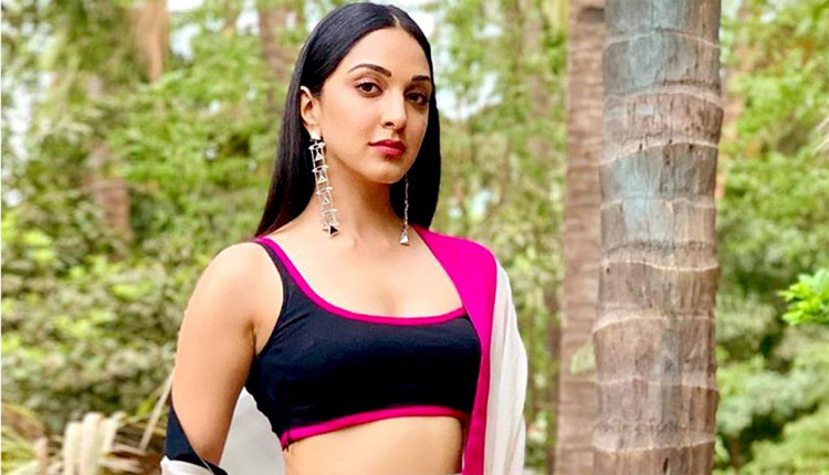 Kiara Advani Wows Fans With Her New Look In Laxmii Poster