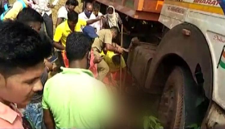 6 Killed, 20 Injured In Separate Road Mishaps In Odisha