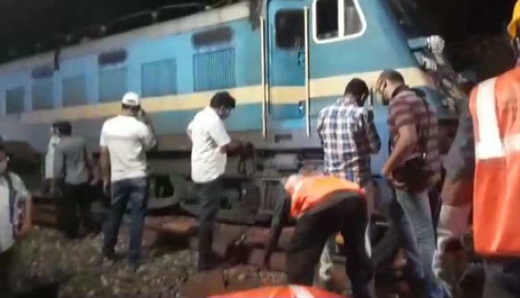 Two Engines Of Train Derail In Puri