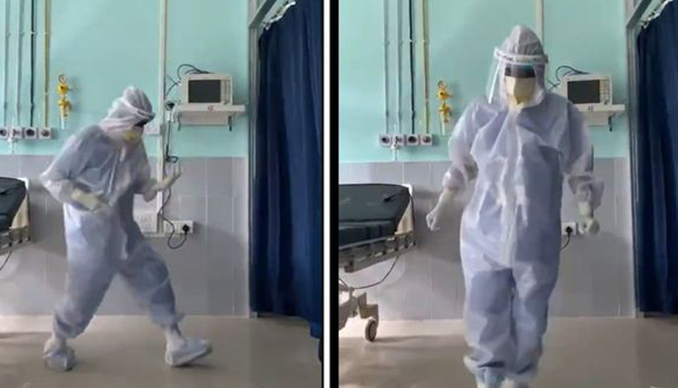 Doctor's 'Ghungroo' Dance To Cheer Up COVID-19 Patients Wins Hearts