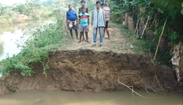 Breach In Canal Causes Flashflood In Cuttack Village, Repair Work On