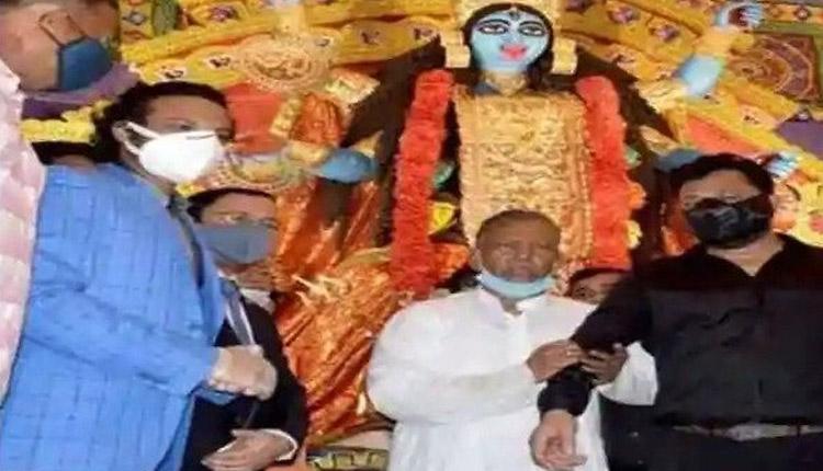 Bangladeshi Cricketer Shakib Forced To Apologise For Attending Kali Puja In Kolkata