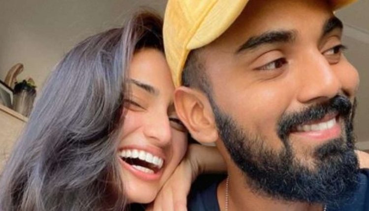 KL Rahul is Happy Doing Group Sessions with Team India