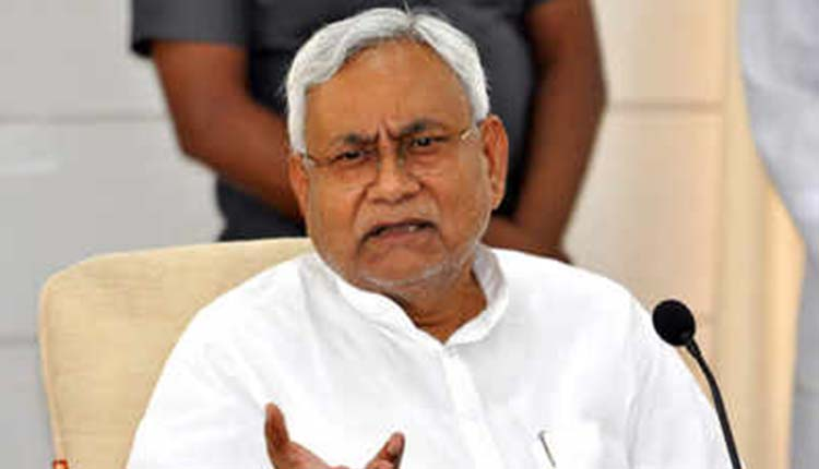 Every Time Nitish Kumar Becomes CM, This Die-Hard Fan Sacrifices A Finger