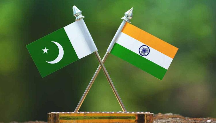Paksitan India