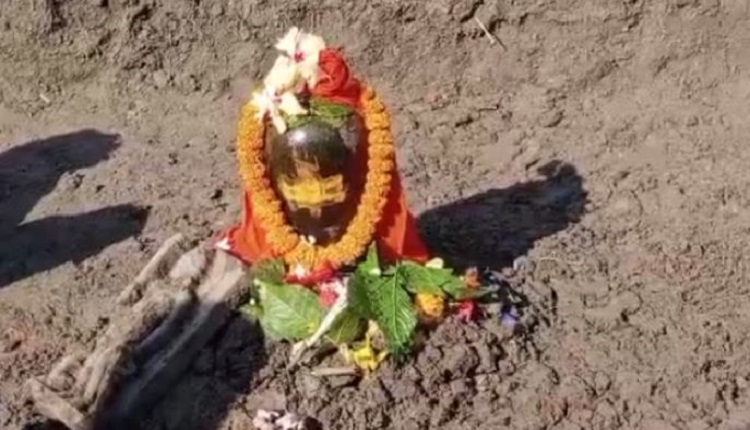 Devotion Grips Bhadrak After 'Shiva Linga' Emerges From Ground
